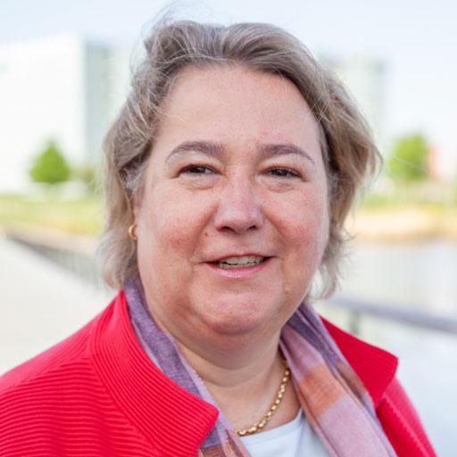 Suzanne Simonis